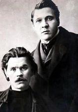 右フョードル・シャリアピン(1873ー1938) 左マクシム・ゴーリキー(1868ー1936)