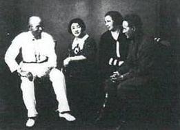 1935年ショーロホフ夫妻と阿部