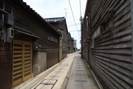 六渡寺の古い町並み