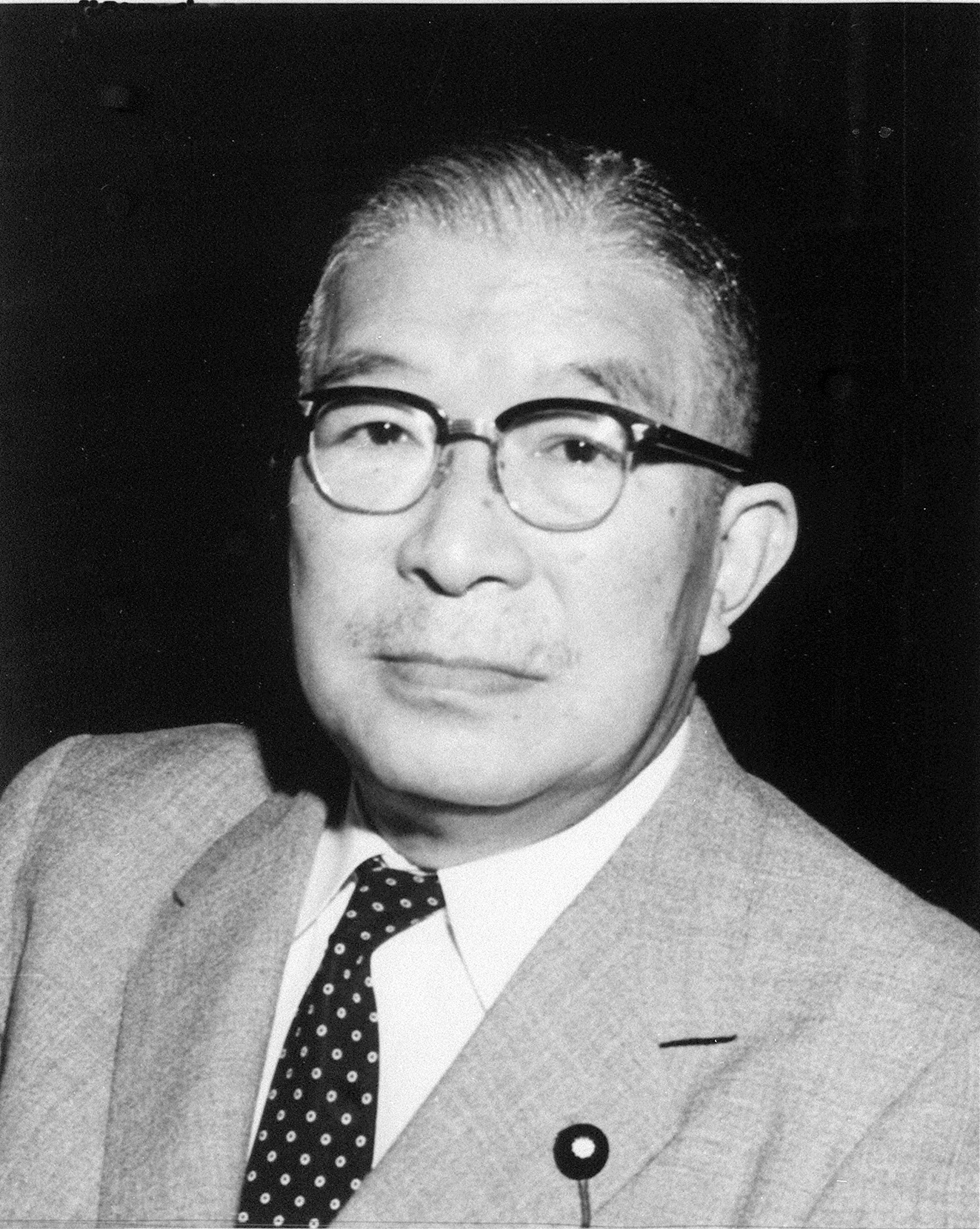 鳩山 一郎