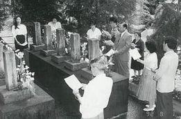 ロシア人墓地清掃と慰霊祭(石川県ロシア協会)