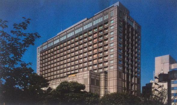 現在の京都ホテルオークラ全景