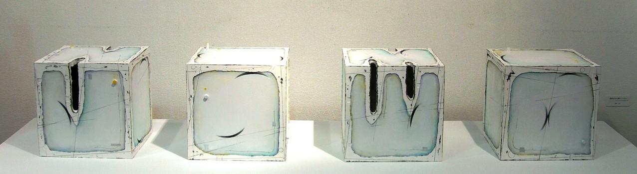 漂流する4個のcube W235×D235×H235㎜×4点 ミクストメディア 2006年