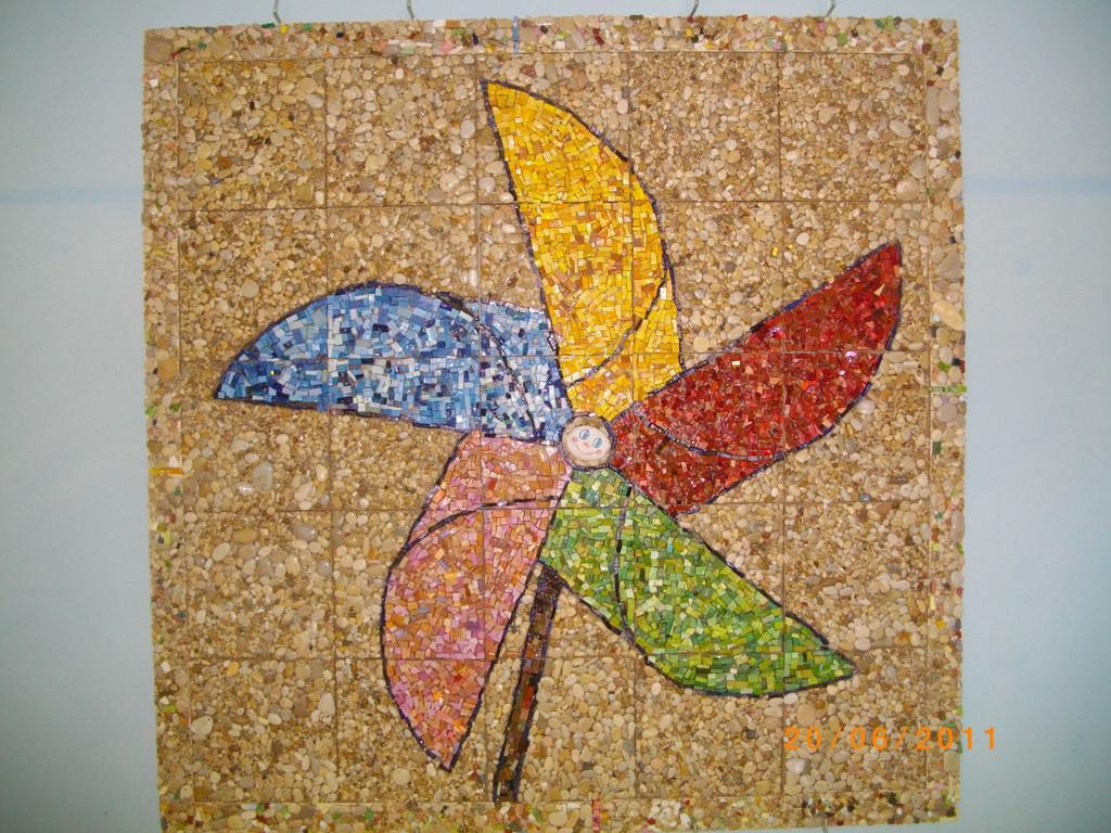 Come Costruire Un Mosaico laboratorio di mosaico:come si fa un mosaico - scuola dell