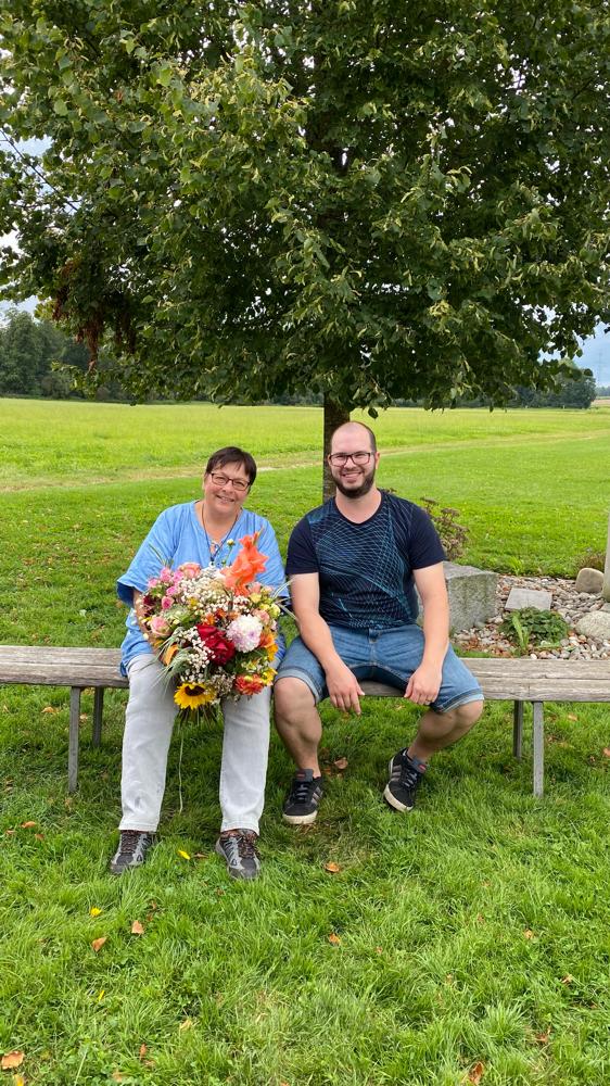 Lina Kurth tritt als Samariterlehrerin zurück, Roland Feldmann wird neuer Samariterlehrer