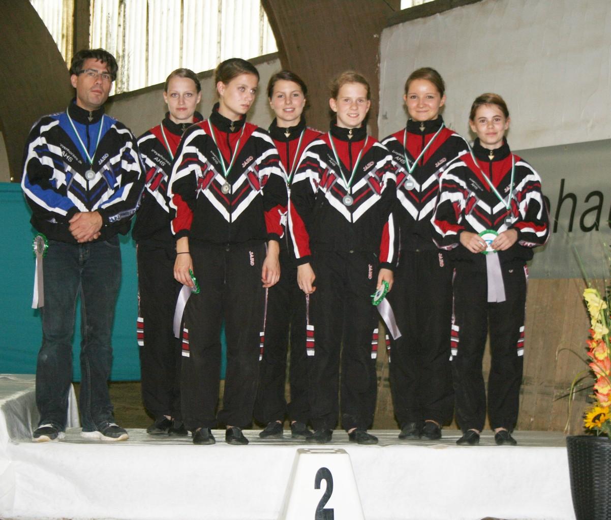 Lindenhof I - leider geschwächt. Das Doppel Jasmin und Lina waren für Hessen auf dem LVWK und Louise konnte auch nicht dabei sein. Deshalb gab es diesmal die Silbermedaille