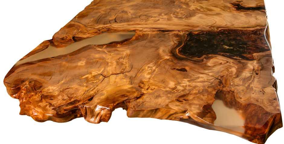 Großer Esstisch mit Wurzelnaturwuchs, faszinierender Baumstammtisch, einzigartige Naturkanten des Kauri Esstisches, original Holztisch ein Stück von Beaupoil