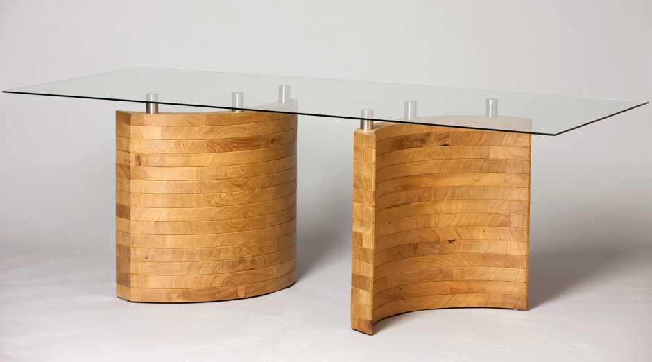 Einzigartiger Designertisch und Möbelunikat mit kunstvoller Echtholz Einlage, exklusives Designermöbel, individuelles Möbeldesign, edles einzelstück Möbelunikat mit massiver Eiche