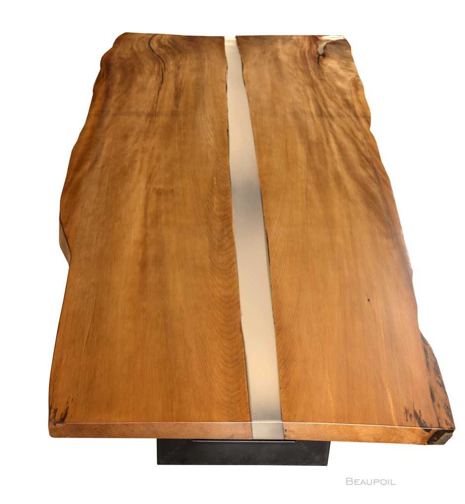 Grosser Kauri Esstisch mit Flusslauf, exklusiver Designer Holztisch, hochwertiger Holztisch Esstisch, grosser individueller Esstisch aus Baumstamm