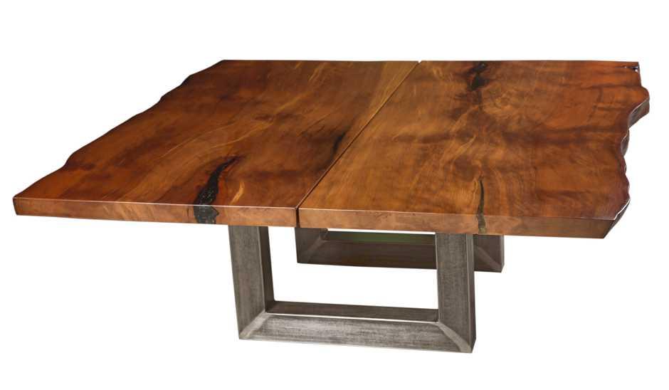 Konferenztisch aus großem Kauri Baumstamm, kunstvoller Holztisch mit majestätischer Naturholz Tischplatte, außergewöhnlicher Tisch mit Natürlicher Schönheit