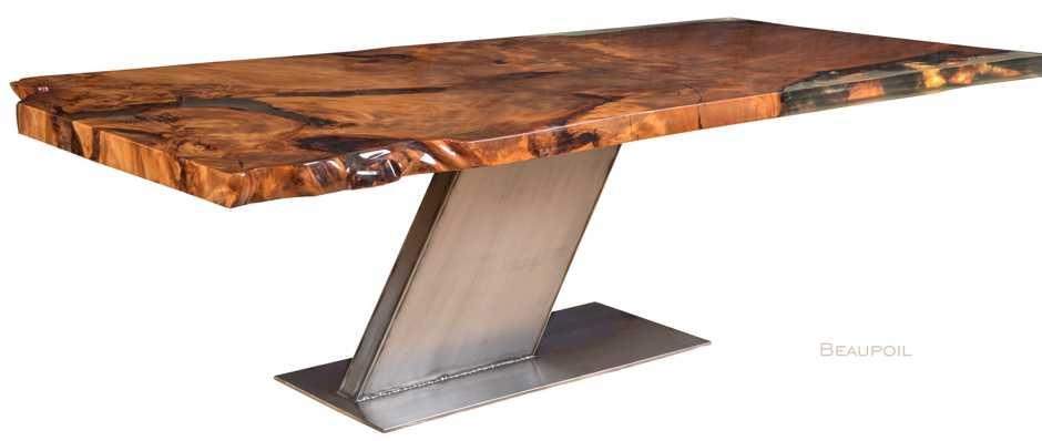 Luxus Designer Esstisch Gold mit Wurzel Tischplatte, luxuriöser Kauri Unikat Holztisch, faszinierender Baumtisch und moderner Luxustisch, exklusiver Designertisch