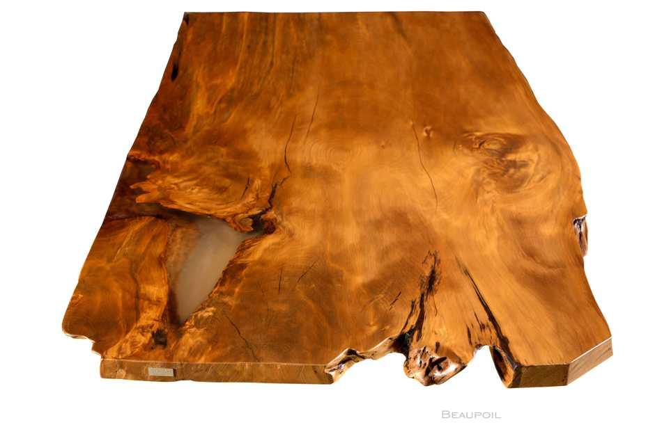 Großer Charaktertisch aus altem Kauri Holz, archaische massive Tischplatte an einem Stück, Unikat Holztisch Esstisch mit durchleuchteter Tischplatte
