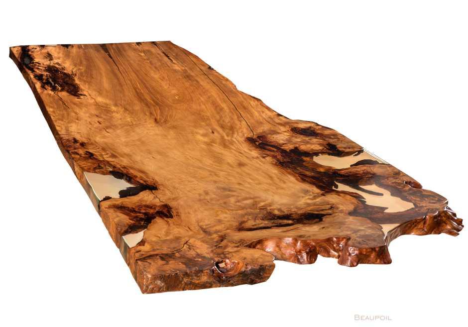 Extravaganter Baumtisch an einem Stück mit grosser Wurzeltischplatte, wertvoller Konferenztisch, schöner Holztisch aus altem Kauri Holz, Tisch aus Wurzel Stamm