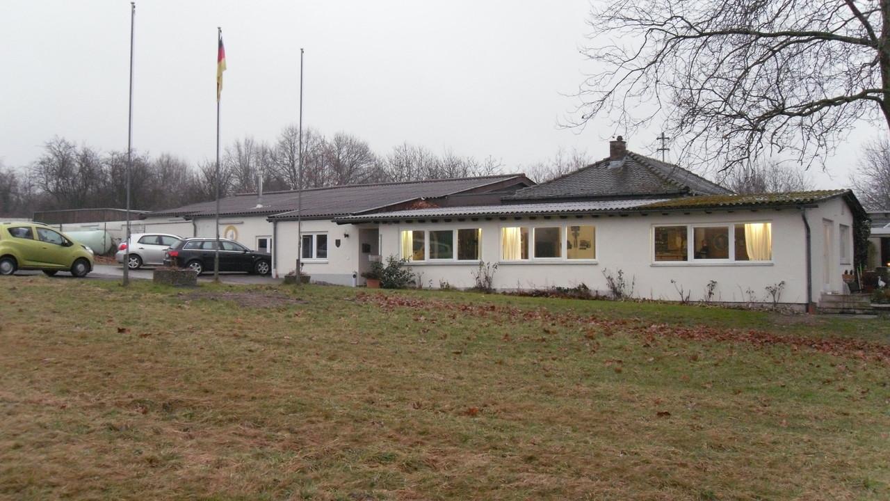 Schützenhaus Westseite