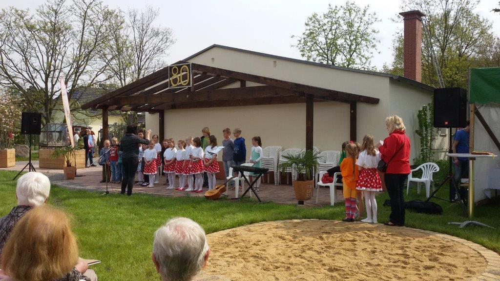 Grundschulchor und Tanzgruppe Belgershain
