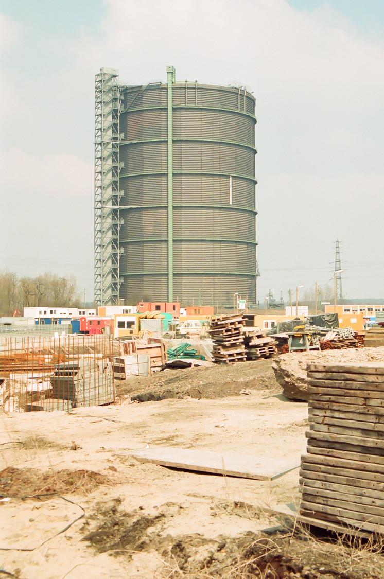 Der Gasometer Oberhausen wird zwanzig Jahre, ein Geburtstagsgruss. Die Centro Baustelle
