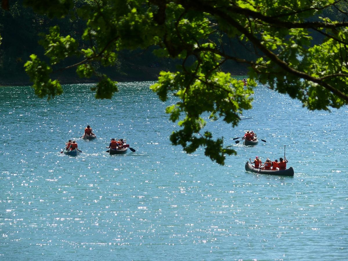 Fast alle Kinder trauten sich, in den Kanus auf die Aggertalsperre zu fahren