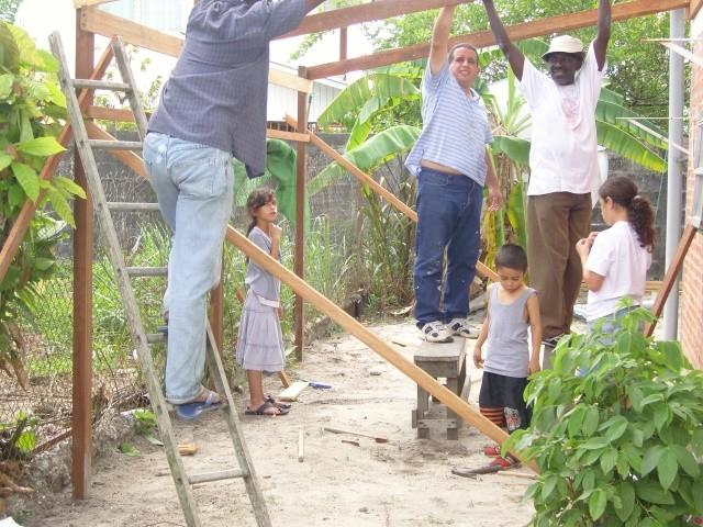 1° construction a un coté de la maison (Janvier 2009)