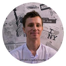 Julien репетитор носитель французского языка.