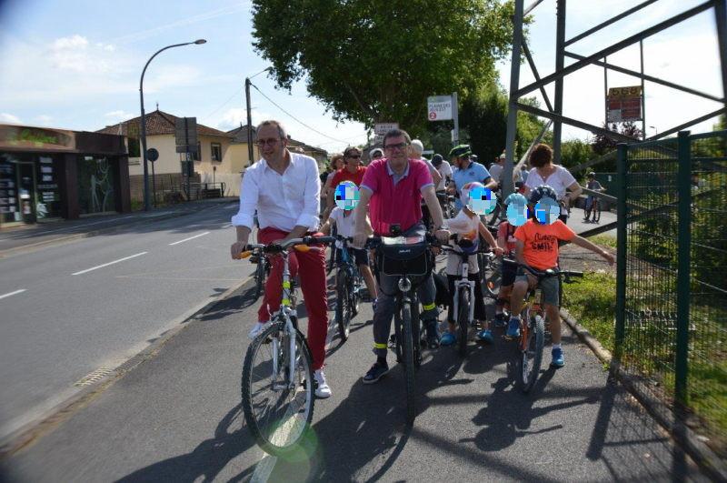 Le cyclotour à la sortie de la voie verte