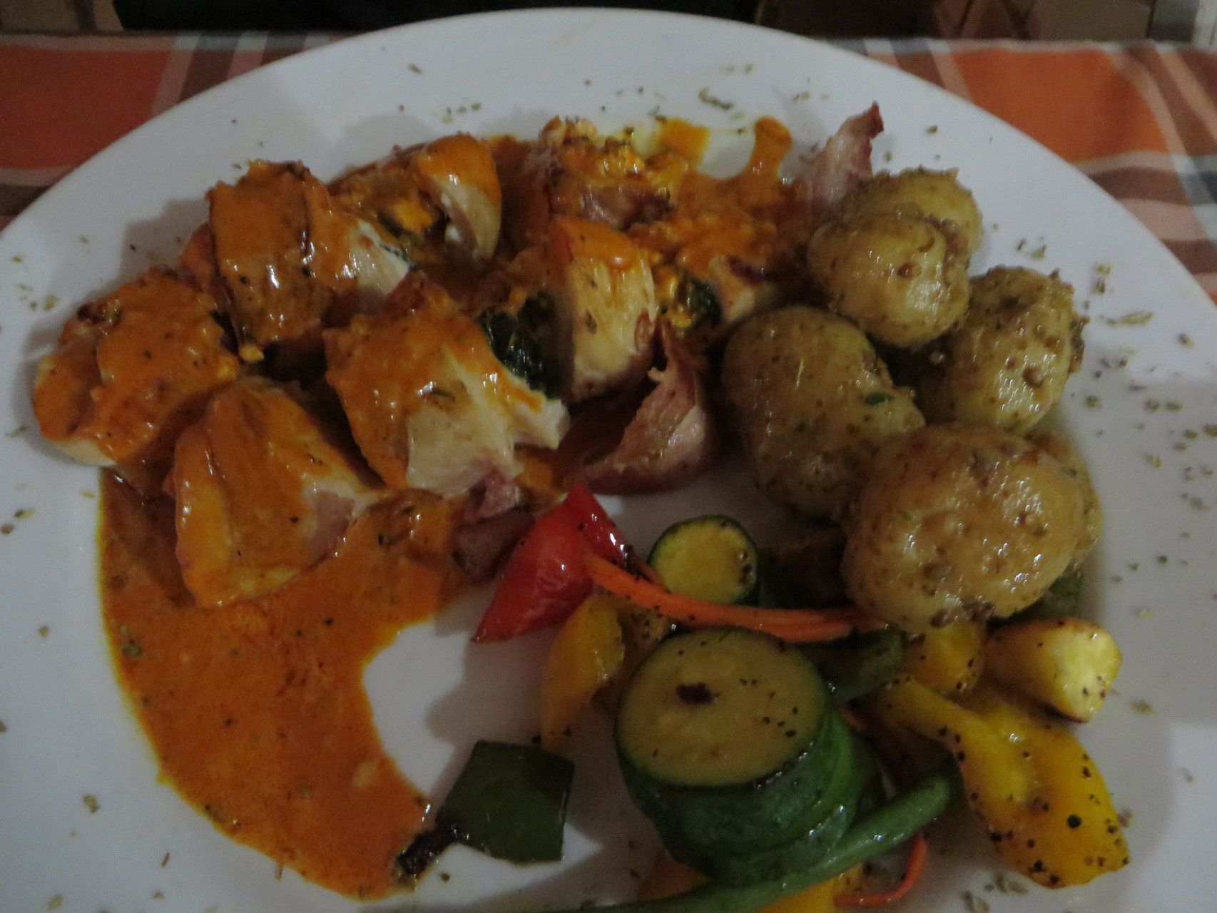 Hähnchenbrust gefüllt mit frischem Spinat und Feta