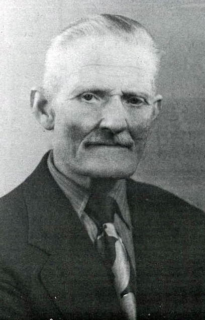 Samuel was 64 when he moved to Brautarholt with his wife Salóme  1948. She passed away a year later.