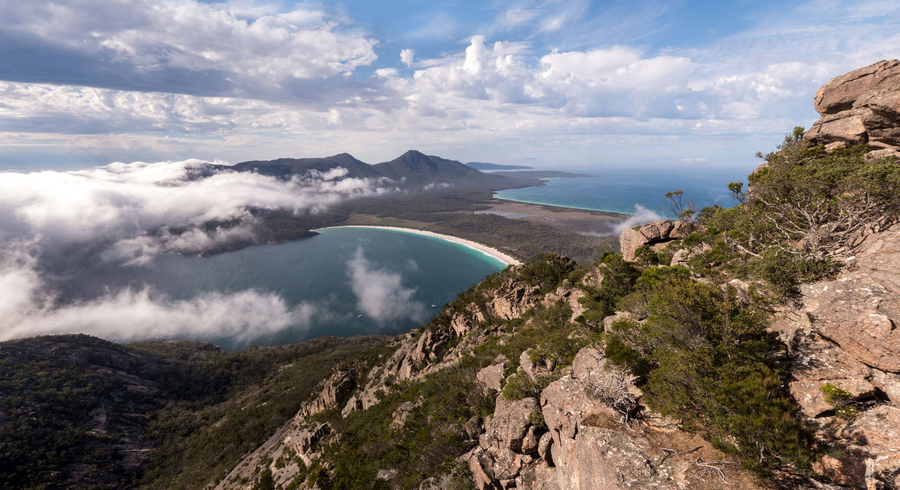 Freyzinet National Park, Wineglass Bay (view from Mount Amos)
