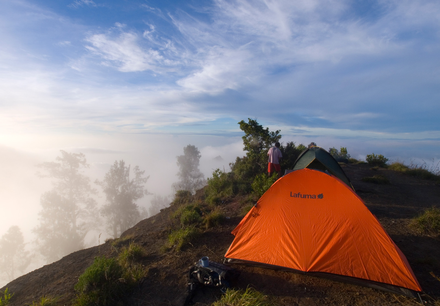 Rinjani: Camping on the crater rim