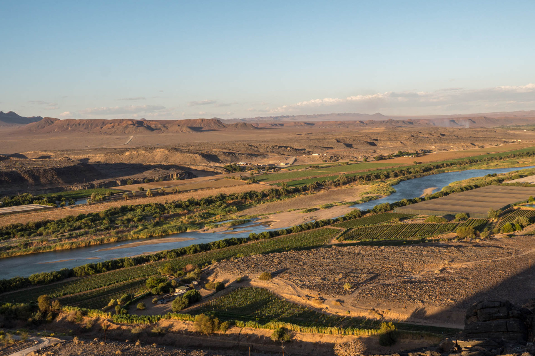 Orange/Gariep river - Border between South Africa and Namibia