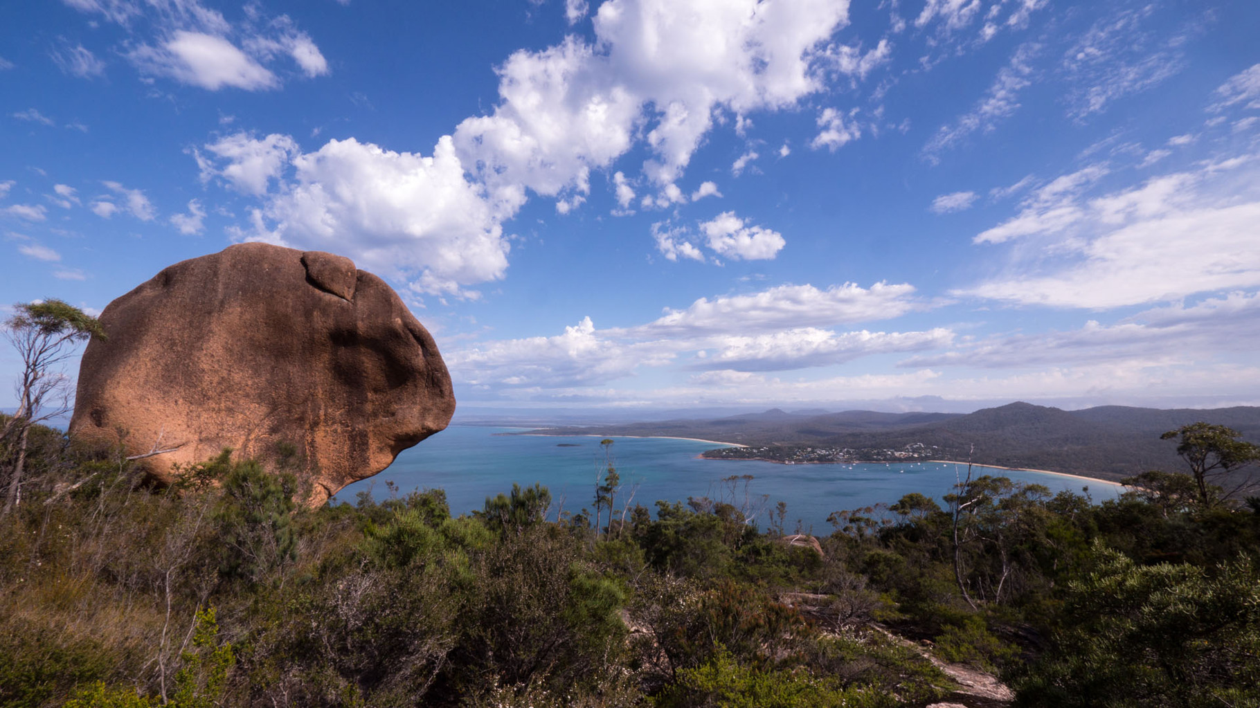 Freyzinet National Park, Coles Bay (view from Mount Amos)