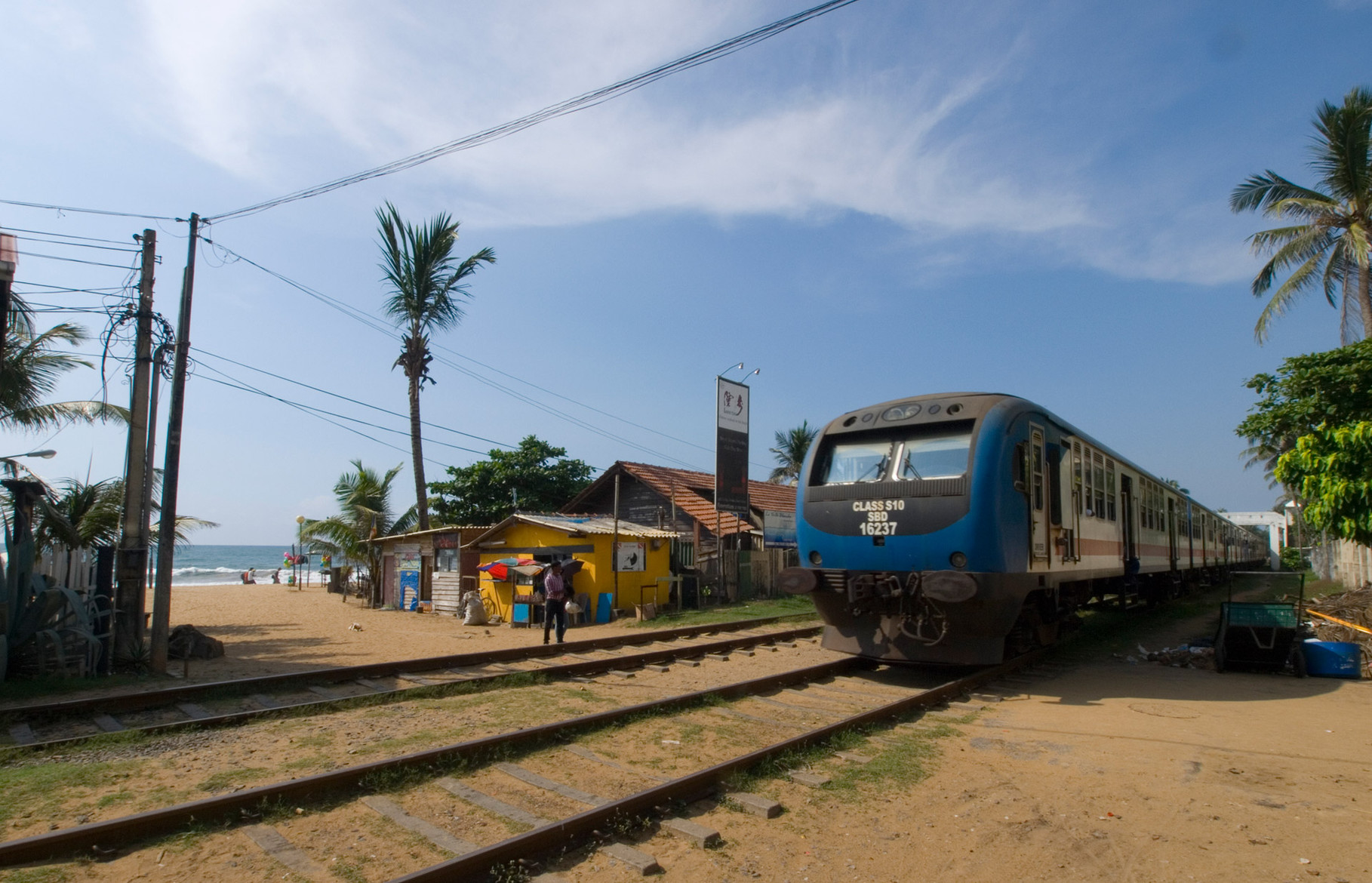 Railway next to the beach at Mount Lavinia