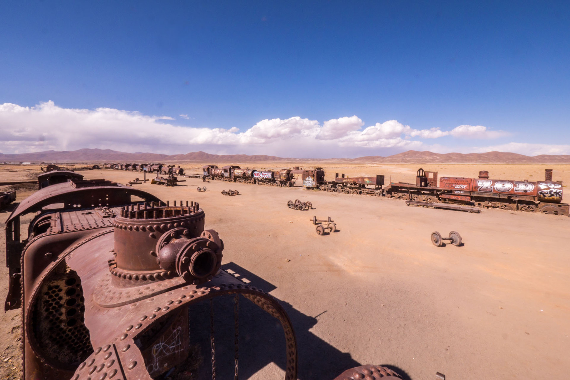 "Cementarios de trenes, Uyuni: ""Cemetery"" of decommissioned  trains of the Uyuni-Oruro line"