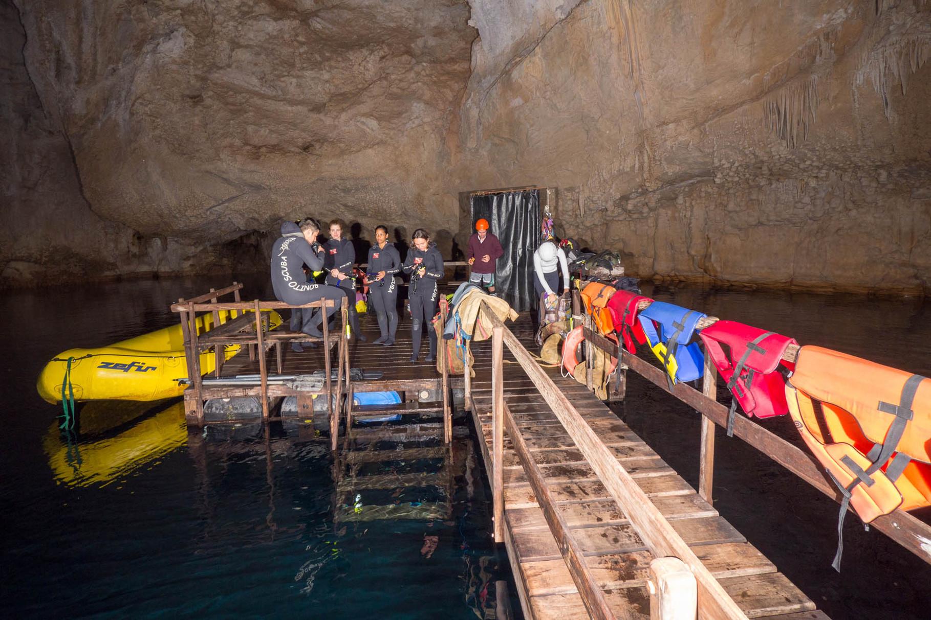 Floating platform on the underground lake of Abismo Anhumas, Bonito