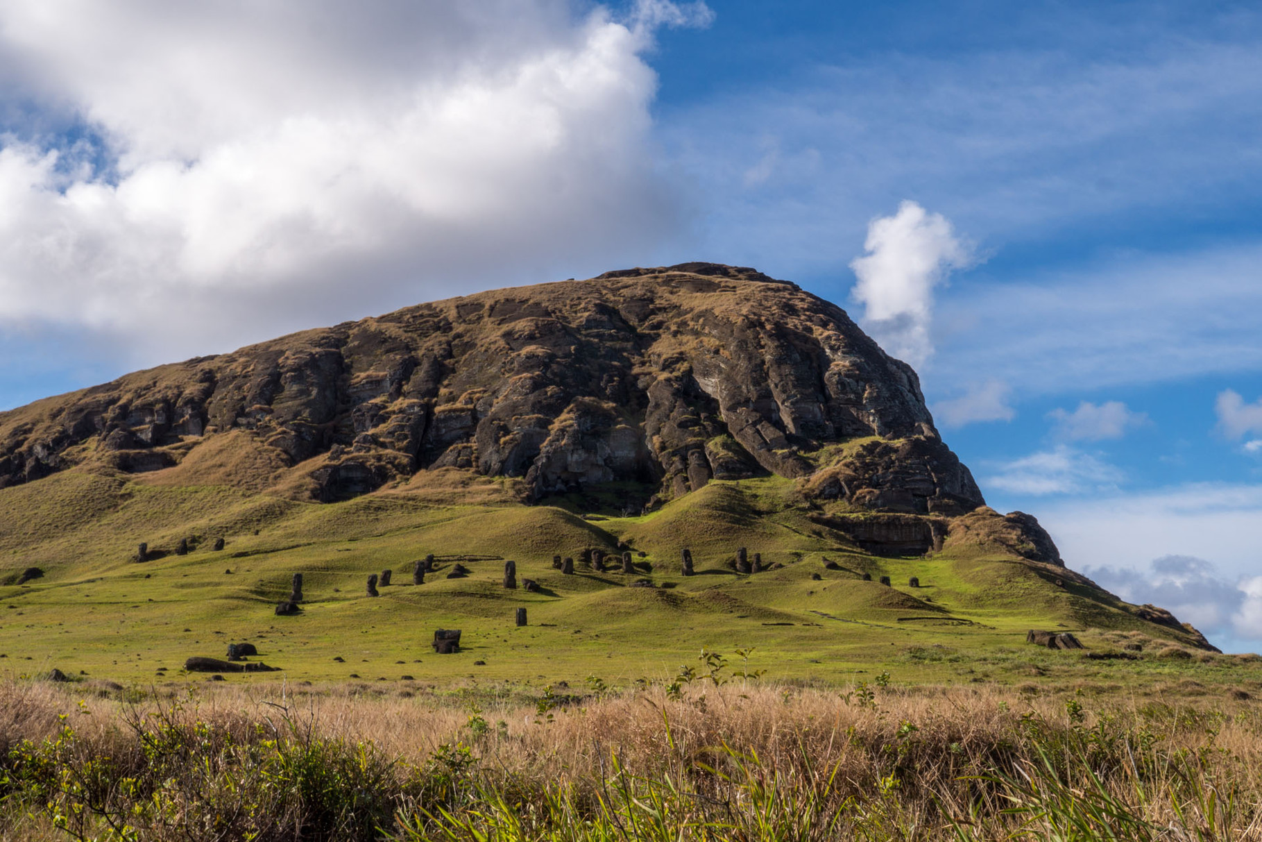 "Rano Raraku volcano: ""Birthplace"" of all Moai´s"
