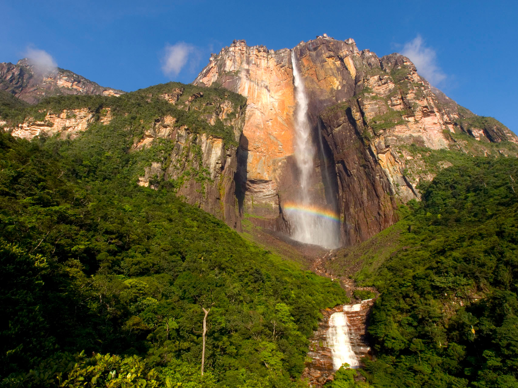 Venezuela: Canaima National Park: world's highest uninterrupted waterfall, with a height of 979 m and a plunge of 807 m [Venezuela, 2009]