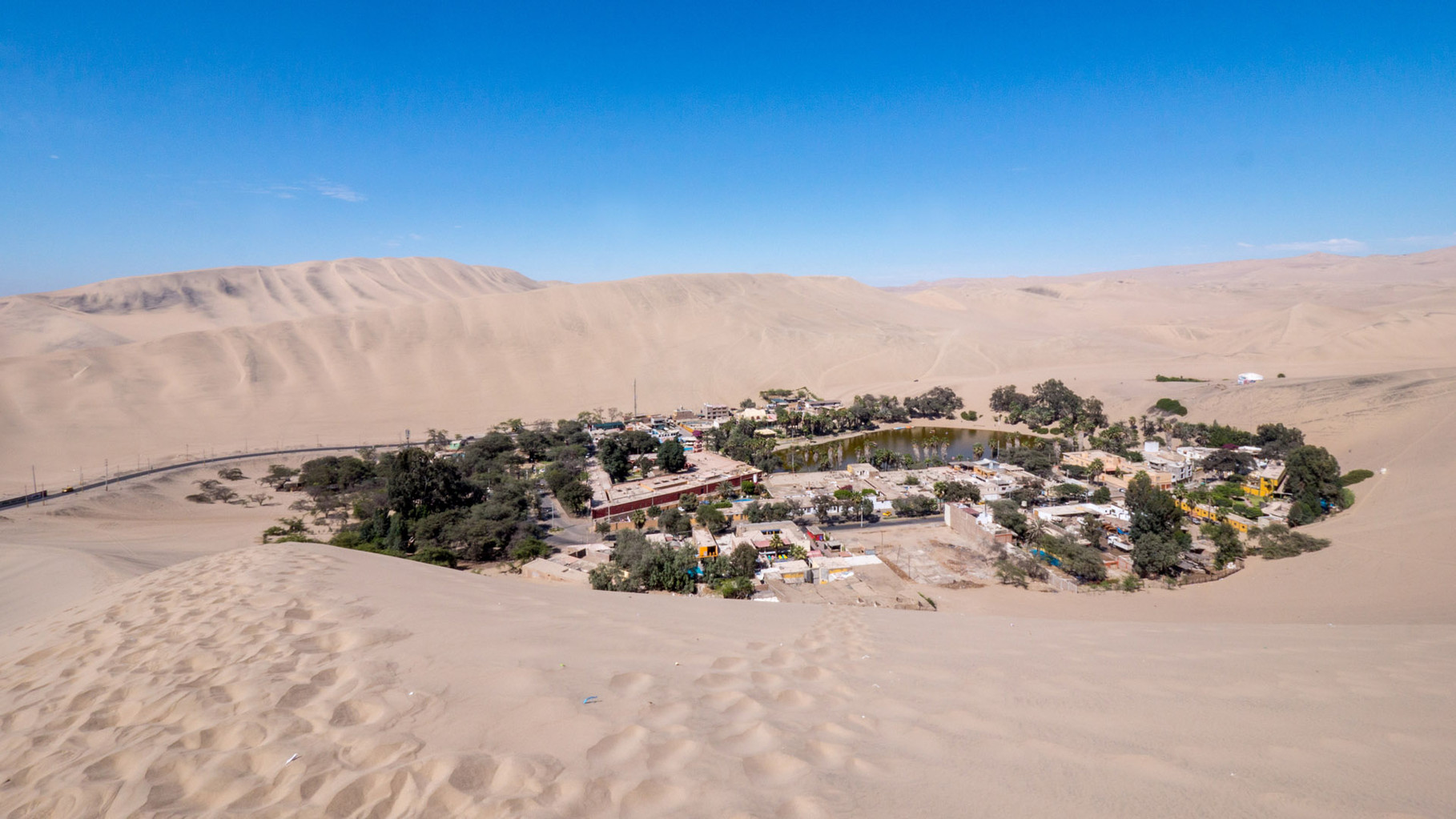 Huacachina oasis near Ica