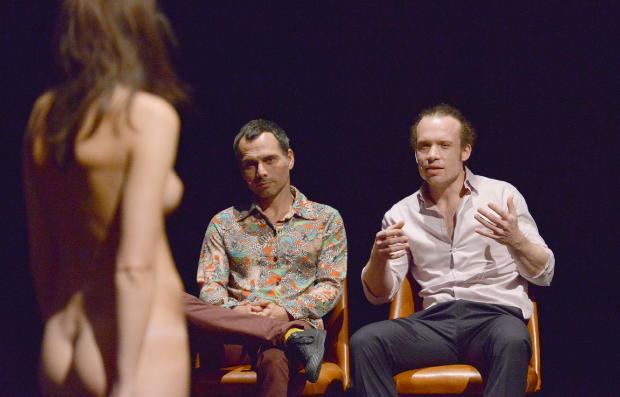 Strip naked, talk naked - Performance - Freischwimmer Festival - Sebastian K König, Daniel Hinojo, Rose Beermann, Iva Sveshtarova