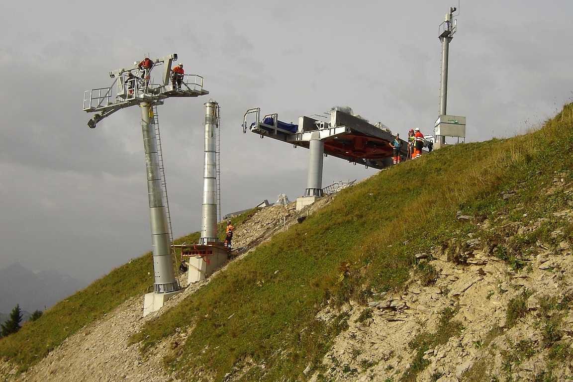 Montage 4-er Sesselbahn Chaltebrunne - Saanerslochgrat, Saanenmöser
