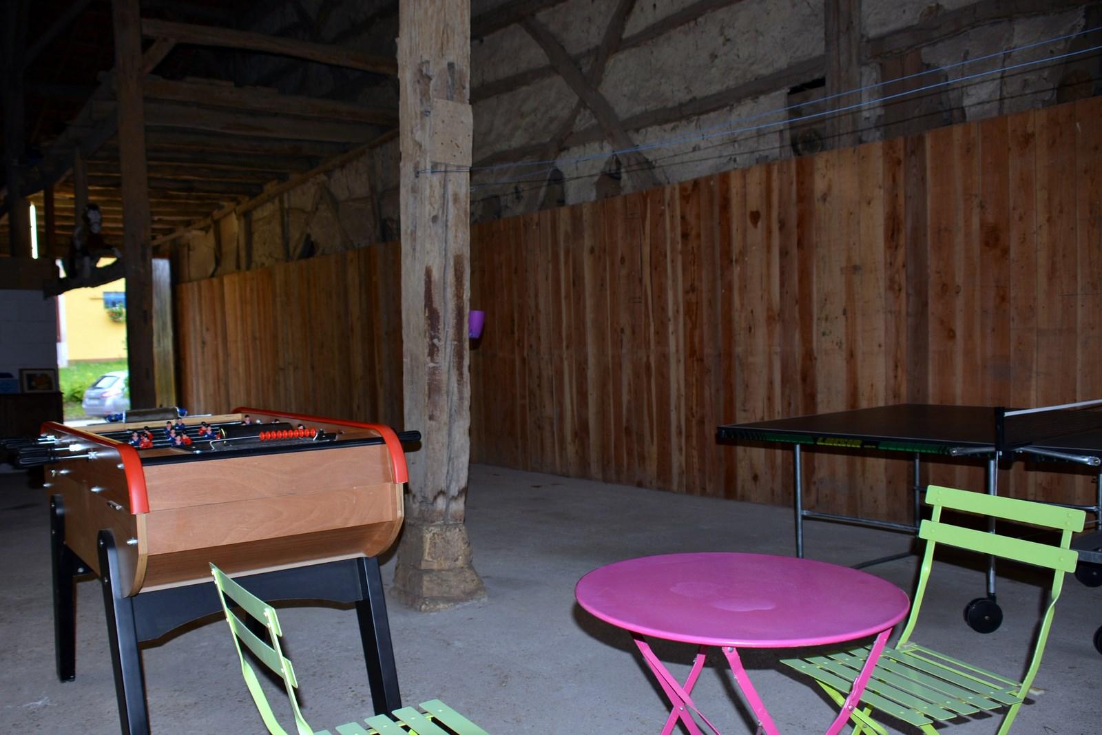 Baby-foot - pour parties avec les enfants et les adultes - location de vacances en Meuse