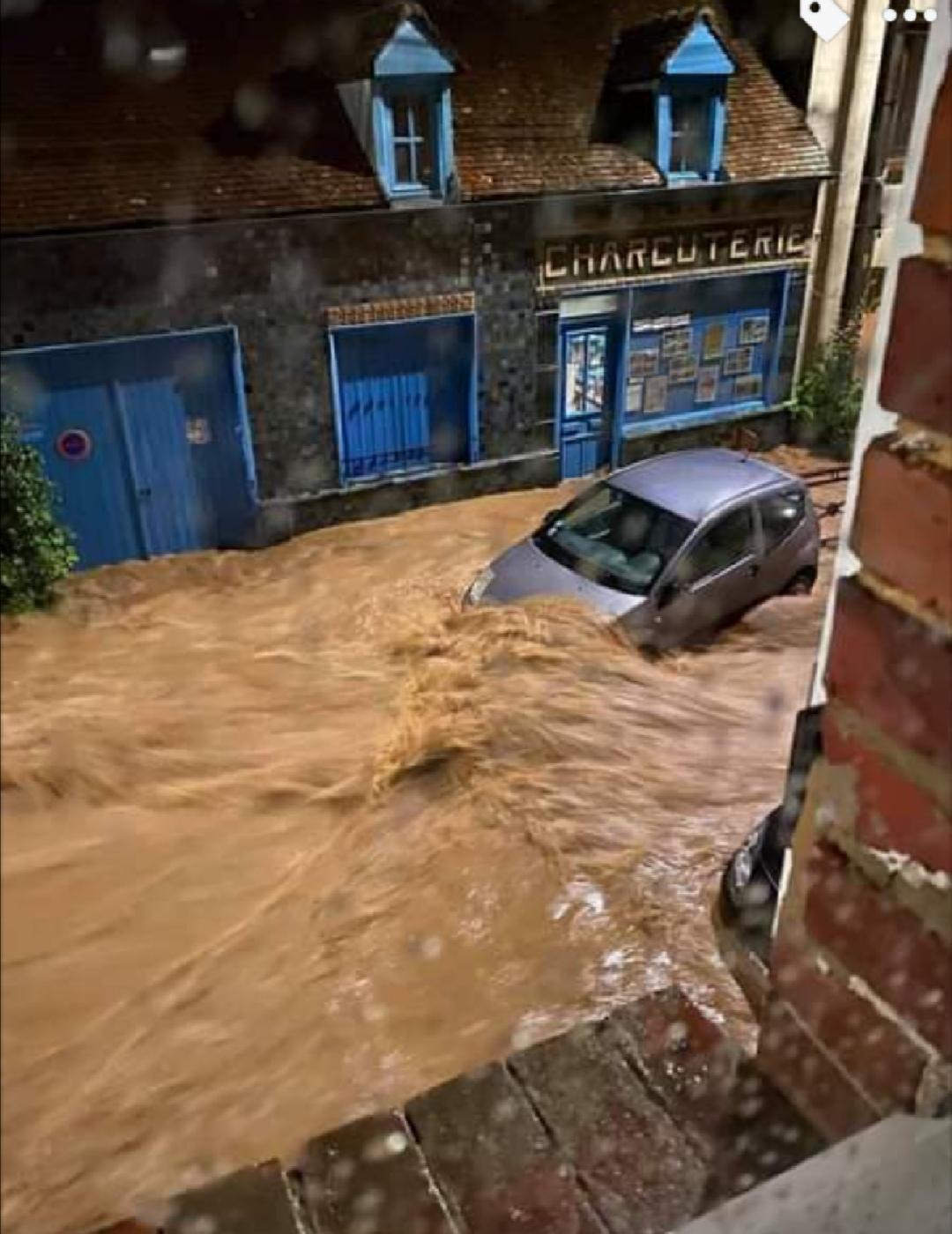 21 juin 2021 : Le déluge à Beauvais