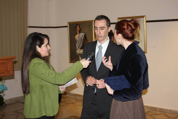 Interview at the vernissage, Cairo