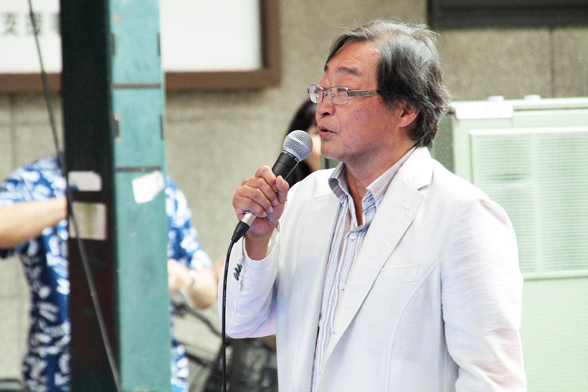 仲見世メイン会場MC:伊藤 圭介