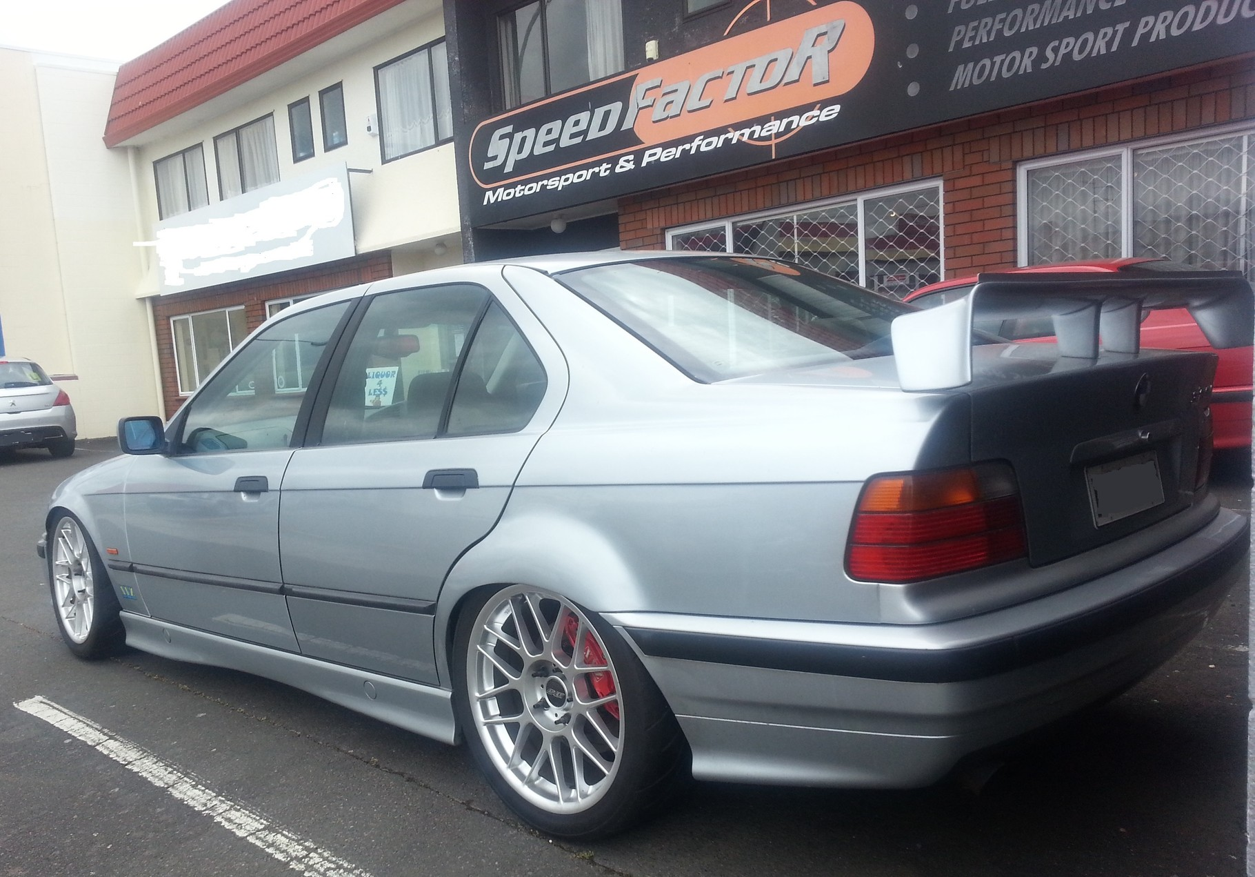 E36 lowered with XYZ coilovers and XYZ brake kits Front and Rear
