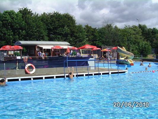 Öffnung Schwimmbad
