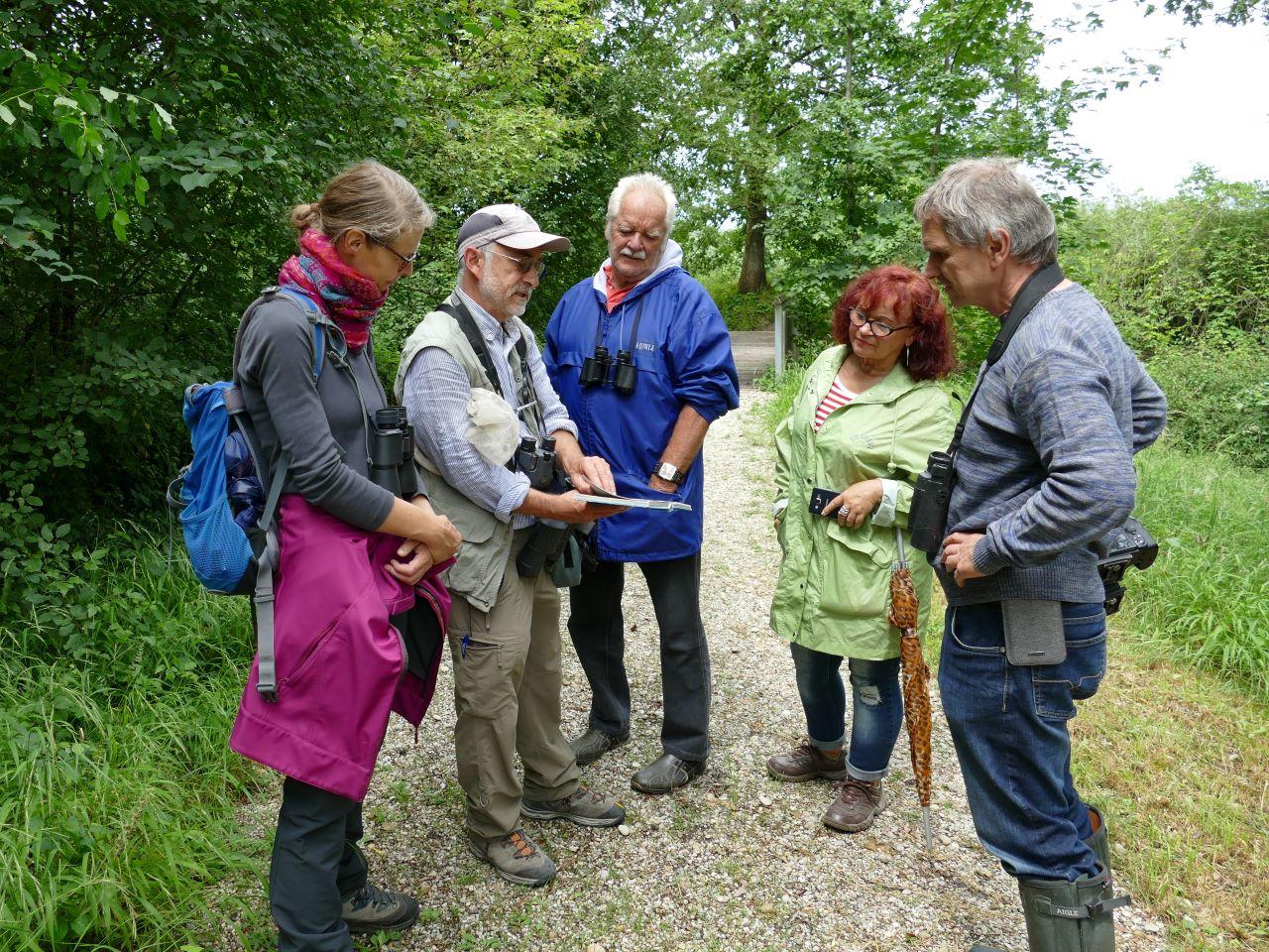 Die Naturfreunde profitierten vom umfangreichen Wissen des Experten