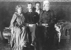Fanny, Robert Louis Stevenson, Belle la fille de Fanny et Margareth Stevenson