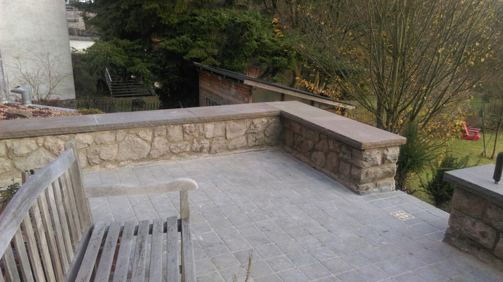 Aufarbeitung von Terrassenboden