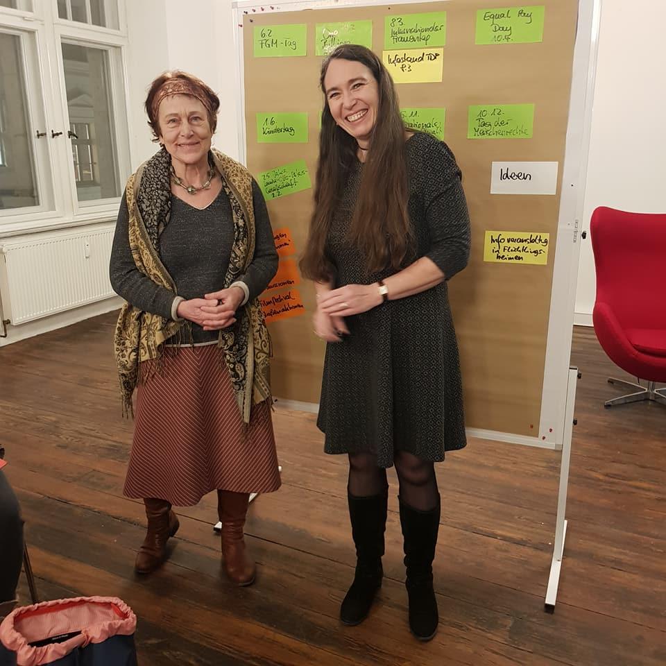 Die Vorstandsvorsitzende Godula Kosack und stellv. Vorstandsvorsitzende Inge Bell (von links).