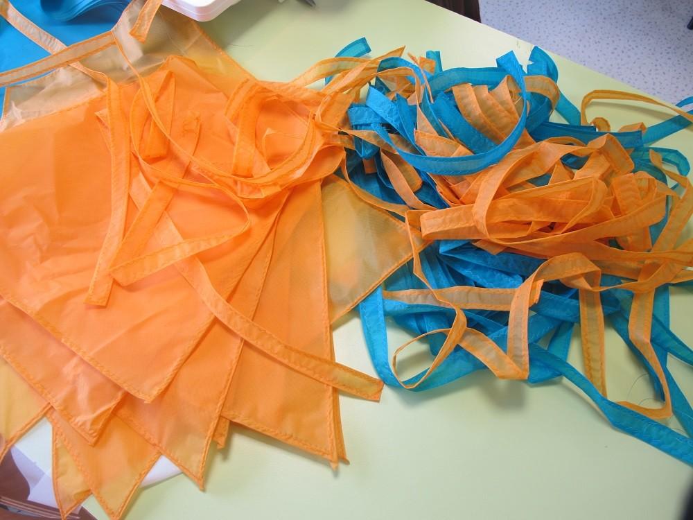 Ca fait un paquet de tissu 30 cerfs-volants