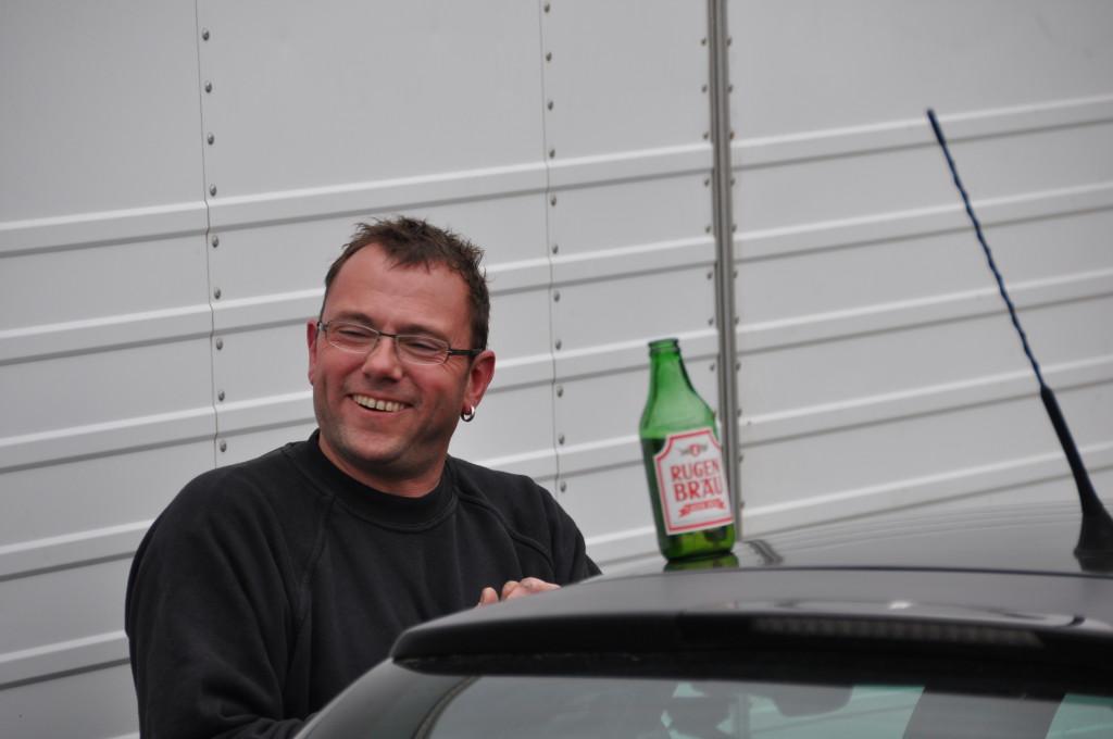 ein Bier nach dem Clubrennen